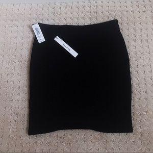 NWT aritzia primrose skirt black xs